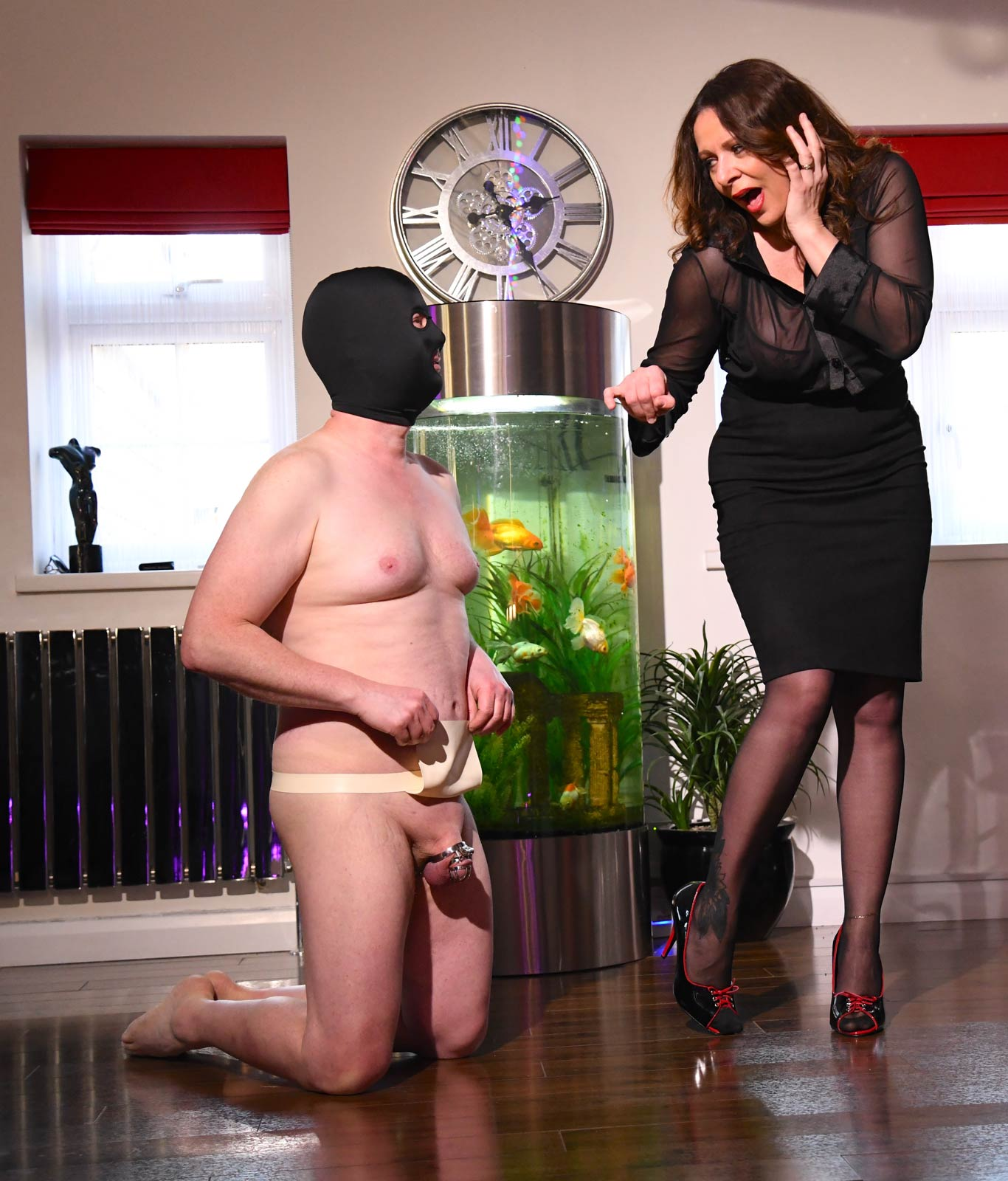 Clothed Female and naked male session with MissDeLaVere