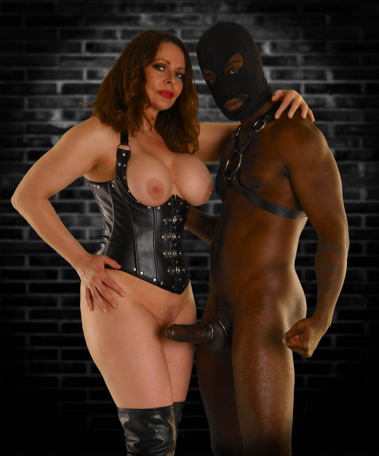 Enforced Bi and Cuckold Session with Miss DeLaVere